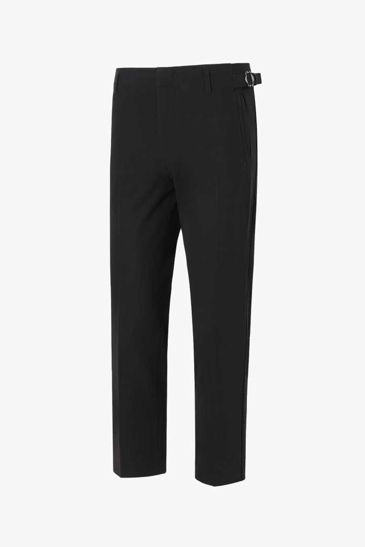 Side cut Tapered Crop Slacks - Black