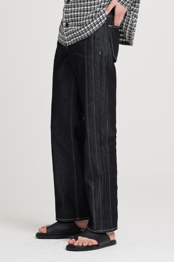 Stitch Straight Jeans - Black