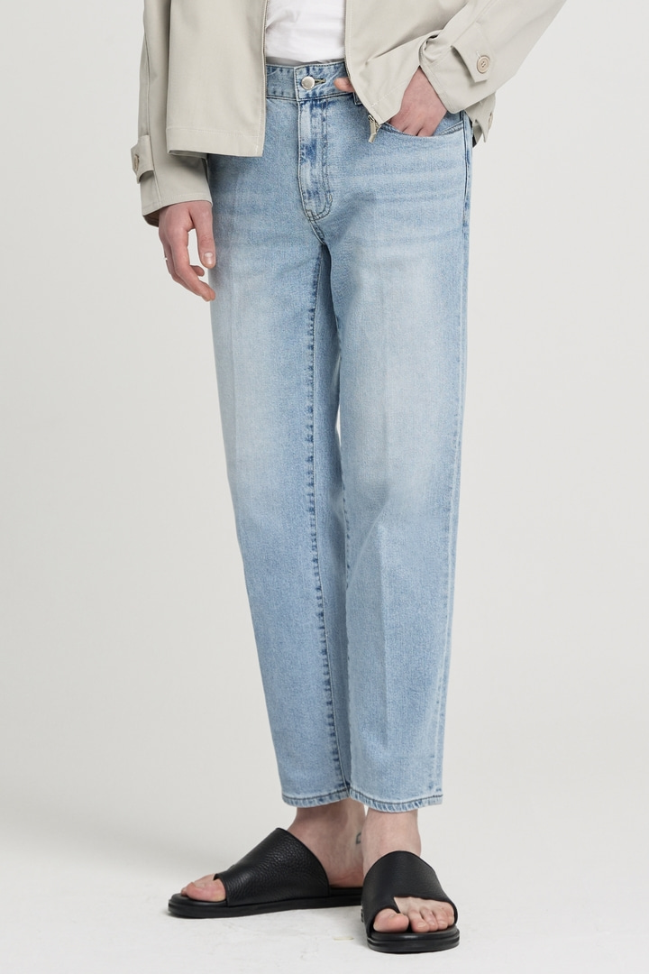 GL Tapered Crop Jeans - Light Blue